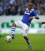 FUSSBALL   1. BUNDESLIGA   SAISON 2011/2012    11. SPIELTAG FC Schalke 04 - 1899 Hoffenheim                            29.10.2011 Jefferson FARFAN (Schalke) Einzelaktion am Ball