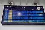 20.03.2020, Innenstadt, Solingen,  GER, NRW, Solingen, Corona Virus, Auswirkungen, <br /> <br /> im Bild / picture shows: <br /> im Bahnhof wird aufgerufen nur zu fahren wenn es nötig ist. <br /> <br /> Foto © nordphoto / Meuter