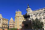 Historic buildings and statues in Plaza Tendillas, Cordoba, Spain