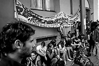 milano, assemblea degli studenti alla facoltà di scienze politiche contro la riforma dell'istruzione --- milan, student assembly at the faculty of political science against the school reform