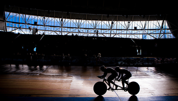 Picture by Alex Whitehead/SWpix.com - 19/03/2016 - Cycling - 2016 UCI Para-cycling Track World Championships, Day 3 - Velodromo Montichiari, Lombardy, Italy - Tandem riders in action