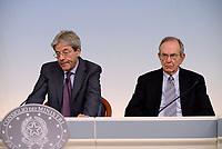 Def, Gentiloni e Padoan in conferenza stampa