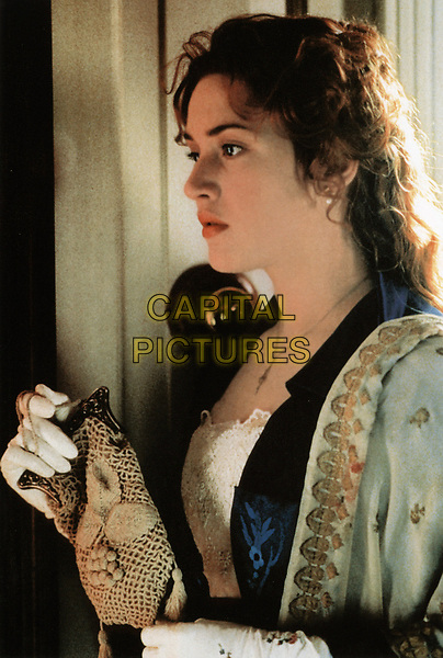 Titanic (1997)<br /> Kate Winslet<br /> *Filmstill - Editorial Use Only*<br /> CAP/KFS<br /> Image supplied by Capital Pictures