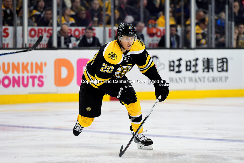 Saturday, December 31, 2016: Boston Bruins center Riley Nash (20) in game action during the National Hockey League game between the Buffalo Sabres and the Boston Bruins held at TD Garden, in Boston, Mass. Boston defeats Buffalo 3-1.  Eric Canha/CSM