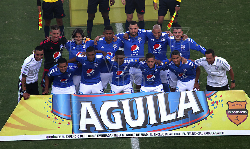 BOGOTÁ -COLOMBIA-20-03-2016. Formación  de Millonarios contra Santa Fe durante partido por la fecha 10 de Liga Águila I 2016 jugado en el estadio Nemesio Camacho El Campin de Bogotá./ Team of Millonarios   against  of Santa Fe  during the match for the date 10 of the Aguila League I 2016 played at Nemesio Camacho El Campin stadium in Bogota. Photo: VizzorImage / Felipe Caicedo / Staff