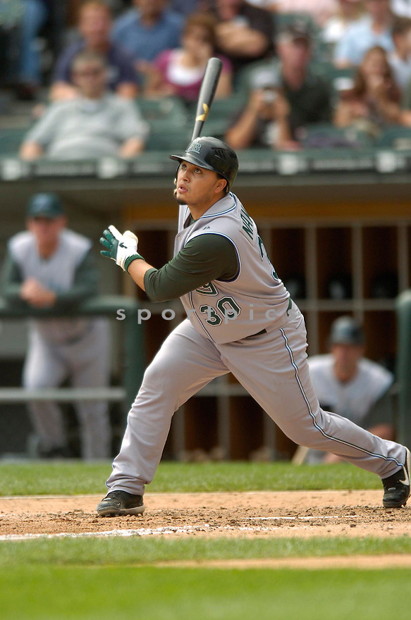 DIONER NAVARRO, of the Tampa Bay Devil Rays, in action against the Chicago White SOX on August 31, 2006 in Chicago...Devil Rays win 5-3..David Durochik / SportPics