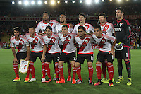 BOGOTA -COLOMBIA, 18-08-2016. Formación del River Plate de Argentina  contra Indeendiente Santa Fe de Colombia ,durante pimer encuentro de ida  de la Recopa Sudamerica disputado en el estadio Nemesio Camacho El Campín./ Team of River Plate  agaisnt of Independiente Santa Fe of Colombia fights for the ball with XXXXX (L) of River Plate of Argentina during the first leg of the Recopa Sudamerica played at the Nemesio Camacho El Campin Stadium . Photo:VizzorImage / Felipe Caicedo  / Staff