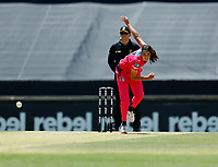 2nd November 2019; Western Australia Cricket Association Ground, Perth, Western Australia, Australia; Womens Big Bash League Cricket, Melbourne Renegades versus Sydney Sixers; Stella Campbell of the Sydney Sixers bowls during her spell - Editorial Use