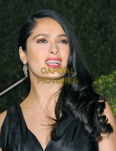 SALMA HAYEK.The 2009 Vanity Fair Oscar Party held at The Sunset Tower Hotel in West Hollywood, California, USA..February 22nd, 2009.oscars headshot  portrait black red lipstick .CAP/DVS.©Debbie VanStory/Capital Pictures.