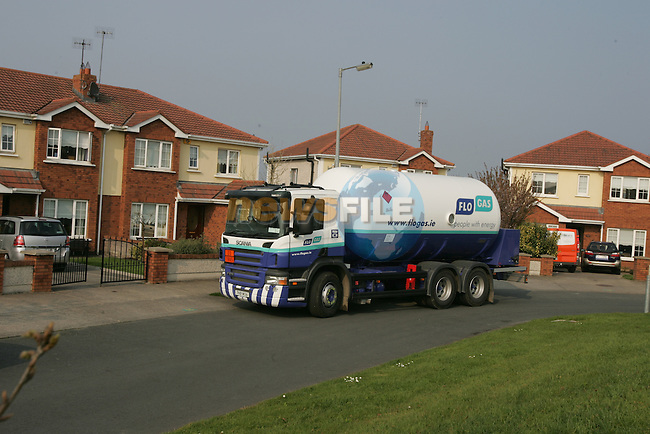 The new Flo Gas Delivery vehicle delivering in a housing estate..Photo: Fran Caffrey/ Newsfile.