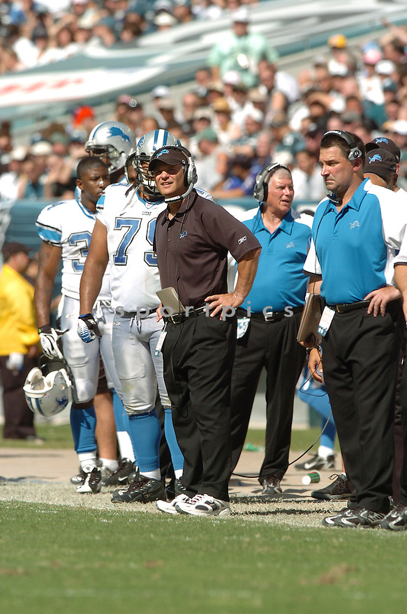 ROD MARINELLI, of the Detroit Lions, in action during the LIons games against the Philadelphia Eagles, in Philadelphia, PA on September 23, 2007.  The Eagles won the game 56-21...........