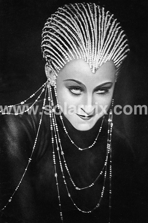 **ALL ROUND PICTURES FROM SOLARPIX.COM**.**SYNDICATION RIGHTS FOR UK AND SPAIN ONLY**.Lost footage material of the famous silent film classic 'Metropolis' by Fritz Lang (1927) has been found in Argentina. 2nd July 2008..This pic: Metropolis: Brigitte Helm..JOB REF: 6762 CPR        DATE: 02_07_2008.**MUST CREDIT SOLARPIX.COM OR DOUBLE FEE WILL BE CHARGED* *UNDER NO CIRCUMSTANCES IS THIS IMAGE TO BE REPRODUCED FOR ANY ONLINE EDITION WITHOUT PRIOR PERMISSION*