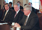 United States President Bill Clinton, center, meets with US Senate Majority Leader Trent Lott (Republican of Mississippi), left, and Speaker of the US House Dennis Hastert (Republican of Illinois), right, in the Cabinet Room of the White House in Washington, DC to talk about the upcoming legislative agenda on February 1, 2000.<br /> Credit: Robert Trippett / Pool via CNP