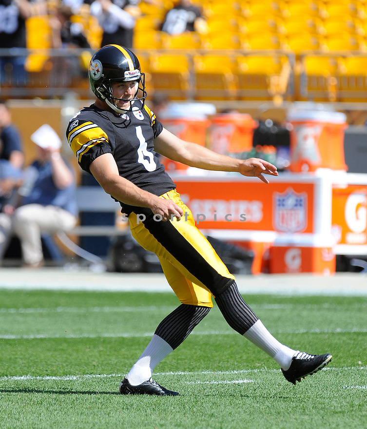 SHAUN SUISHAM, of the Pittsburgh Steelers, in action during the Steelers game against the Seattle Seahawks on September 18, 2011 at Heinz Field in Pittsburgh, PA. The Steelers beat the Seahawks 24-0.