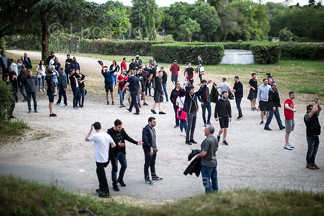 Few Liverpool F.C. supporters were not happy because, in their opinion, there was lack of buses ready to take them to the stadium. <br />