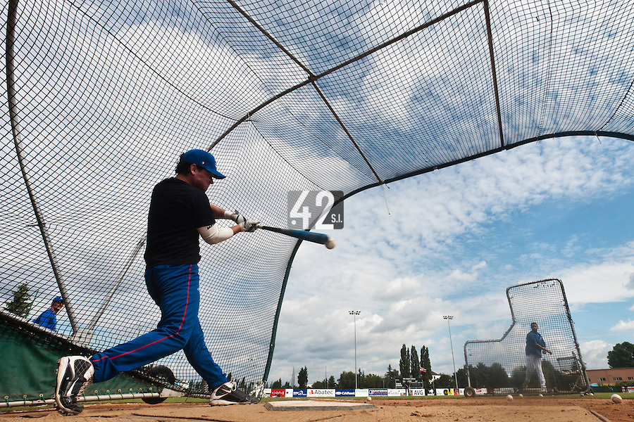 19 August 2010: Jorge Hereaud of Team France is seen at bat during batting practice prior to France 7-6 win over Slovakia, at the 2010 European Championship, under 21, in Brno, Czech Republic.