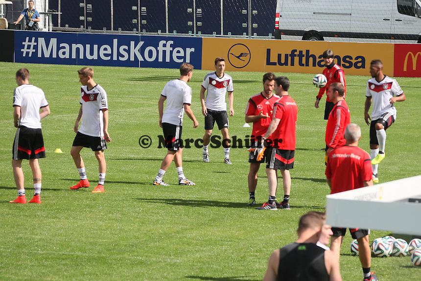 Nationalmannschaft macht sich warm - Training der Deutschen Nationalmannschaft  zur WM-Vorbereitung in St. Martin