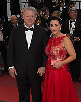 Former US Vice President Al Gore &amp; Elizabeth Keadle at the premiere for &quot;The Killing of a Sacred Deer&quot; at the 70th Festival de Cannes, Cannes, France. 22 May 2017<br /> Picture: Paul Smith/Featureflash/SilverHub 0208 004 5359 sales@silverhubmedia.com