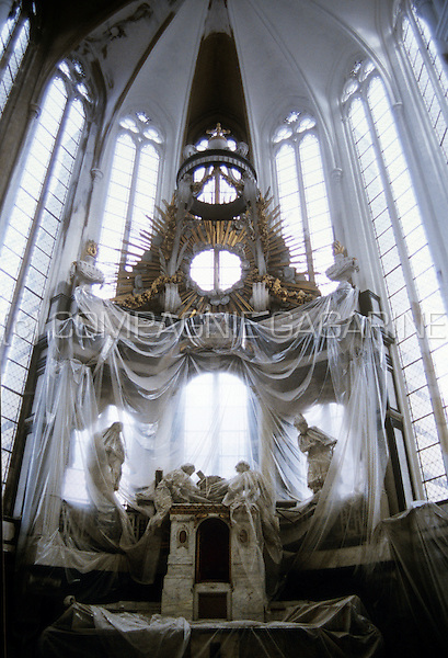 The Onze-Lieve-Vrouw-ten-Predikherenkerk, the oldest gothic style church in Leuven, during its renovation (Belgium, 03/1994)