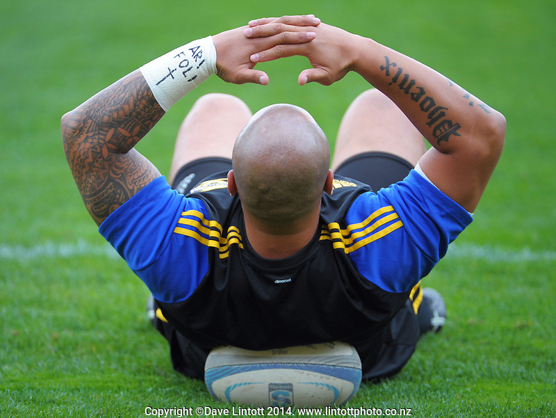 John Schwalger warms up during the Super Rugby match between the Hurricanes and Cheetahs at Westpac Stadium, Wellington, New Zealand on Saturday, 15 March 2014. Photo: Dave Lintott / lintottphoto.co.nz