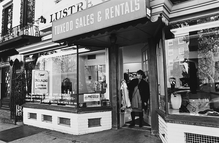 Lustre Cleaners of 311 Pennsylvania South East above Tuxedo Sales and Rental in Real Estate I, in November 1992. (Photo by CQ Roll Call via Getty Images)
