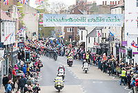 Picture by Allan McKenzie/SWpix.com - 29/04/2016 - Cycling - 2016 Tour de Yorkshire, Stage 1: Beverley to Settle - Yorkshire, England - The peloton arrives in Knaresborough.
