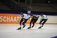 SCHAATSEN: HEERENVEEN: IJsstadion Thialf, 04-02-15, Training World Cup, Alexej Baumgärtner (GER), Haralds Silovs (LAT), Bart Swings (BEL), ©foto Martin de Jong