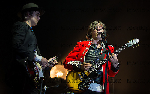 The Libertines -  Pete Doherty (L) and Carl Barat (R) performing live at Alexandra Palace London UK - 26 September 2014.  Photo credit: Iain Reid/IconicPix