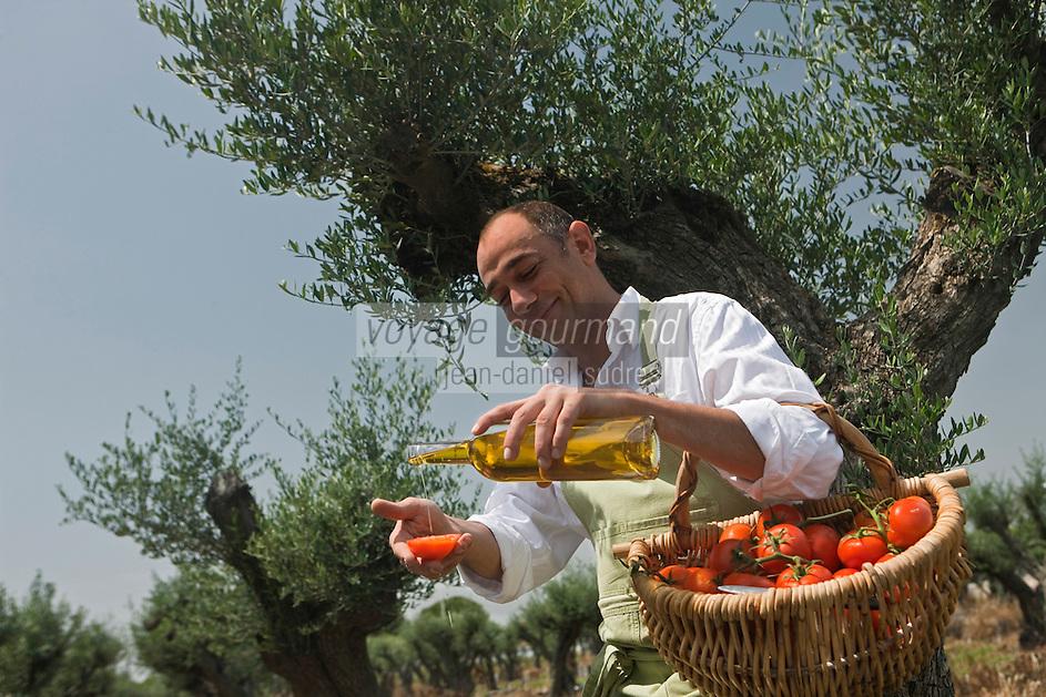 Europe/France/Provence-Alpes-Côte d'Azur/13/Bouches-du-Rhône/Noves: Robert Lalleman  chef de l' Auberge de Noves [Non destiné à un usage publicitaire - Not intended for an advertising use]