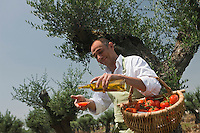 Europe/France/Provence-Alpes-Côte d'Azur/13/Bouches-du-Rhône/Noves: Robert Lalleman  chef de l' Auberge de Noves [Non destiné à un usage publicitaire - Not intended for an advertising use]