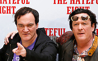 "Il regista statunitense Quentin Tarantino, a sinistra, posa con l'attore Michael Madsen durante un photocall per la presentazione del suo nuovo film ""The Hateful Eight"" a Roma, 28 gennaio 2016.<br /> U.S. director Quentin Tarantino, left, poses with actor Michael Madsen during a photo call for the presentation of his new movie 'The Hateful Eight' in Rome, 28 January 2016.<br /> UPDATE IMAGES PRESS/Riccardo De Luca"