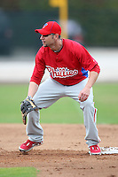 February 24, 2010:  First Baseman Ross Gload (3) of the Philadelphia Phillies during practice at Carpenter Complex in Clearwater, FL.  Photo By Mike Janes/Four Seam Images