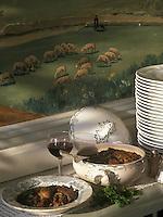 """Europe/France/Midi-Pyrénées/12/Aveyron/Fondamente : Coufidou de mouton du causse - Recette de Mme Baldy de """"l'Hôtel Baldy"""""""
