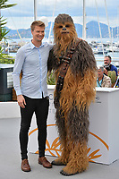 """Joonas Suotamo & Chewbacca at the photocall for """"Solo: A Star Wars Story"""" at the 71st Festival de Cannes, Cannes, France 15 May 2018<br /> Picture: Paul Smith/Featureflash/SilverHub 0208 004 5359 sales@silverhubmedia.com"""