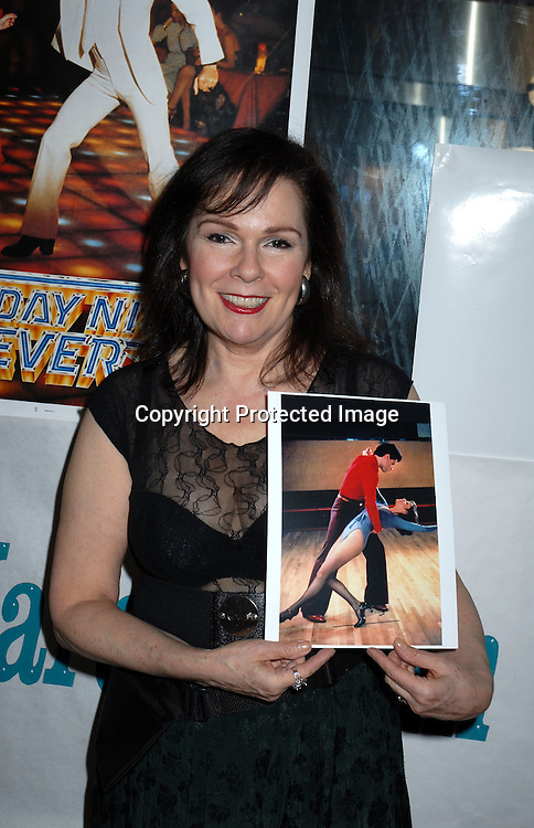 Karen Lynn Gorney from Saturday Night Fever and All My Children ..at Mike Carbonaro's Big Apple Comic Book, Art, Toy and Sci-Fi Expo on March 31, 2006 at The Penn Plaza ..Pavilion. ..Robin Platzer, Twin Images