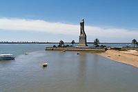 - monument to Christopher Columbus at Palos de la Frontera, from where it sailed for its first travel of 1492....- monumento a Cristoforo Colombo a Palos de la Frontera, da dove salpò per il suo primo viaggio del 1492......