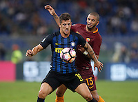 Calcio, Serie A: Roma vs Inter. Roma, stadio Olimpico, 2 ottobre 2016.<br /> FC Inter&rsquo;s Stevan Jovetic, left, and Roma&rsquo;s Bruno Peres, fight for the ball during the Italian Serie A football match between Roma and FC Inter at Rome's Olympic stadium, 2 October 2016.<br /> UPDATE IMAGES PRESS/Isabella Bonotto