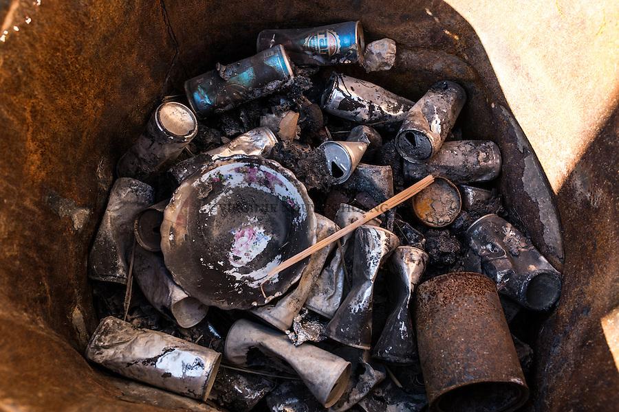 IRAK, Karqasha; Old cans of energy drinks probably drinked by Deash members are in a garbage of the Karkasha town, the 6th December 2016. <br /> <br /> IRAK, Karqasha; Vieilles cannettes de boissons &eacute;nerg&eacute;tiques problement bues par de militants de Deash dans une poubelle de la ville de Karkasha lib&eacute;r&eacute;e par les Peshmergas, le 6 d&eacute;cembre 2016.