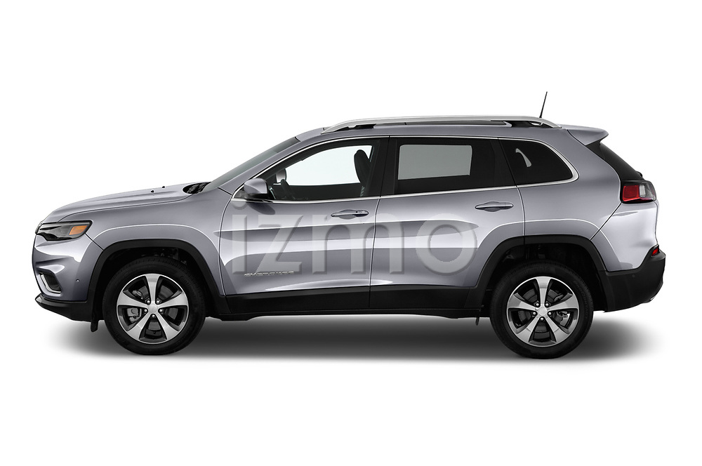 Car driver side profile view of a 2018 Jeep Cherokee Limited 5 Door SUV