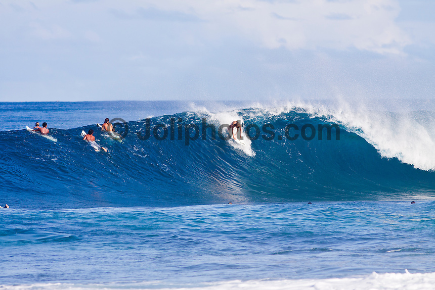 Haleiwa Hawaii, (Tuesday November 23, 2010) Laura Enever (AUS).   .Three to five foot west nor west swell with light variable winds were the conditions for today's sessions at Off The Wall and Backdoor..Photo: joliphotos.com