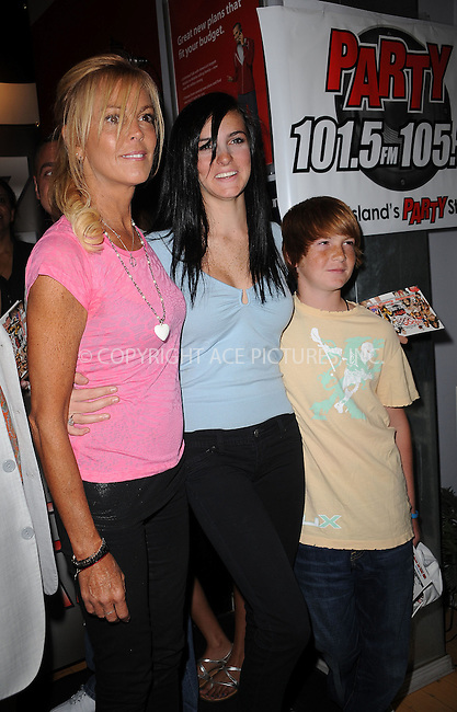 WWW.ACEPIXS.COM . . . . . ....July 30 2009, New York City....Dina Lohan, Ali Lohan and Cody Lohan at the Blackberry Brick Breaker contest announcement event at the Z-Com wireless store on July 30, 2009 in New York City.....Please byline: KRISTIN CALLAHAN - ACEPIXS.COM.. . . . . . ..Ace Pictures, Inc:  ..tel: (212) 243 8787 or (646) 769 0430..e-mail: info@acepixs.com..web: http://www.acepixs.com