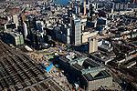 Nederland, Zuid-Holland, Rotterdam, 20-03-2009. Aanleg Rotterdam Centraal, nieuw station ook wel OV-terminal (of OV-knooppunt). Vervanging en uitbreiding van het oude Centraal Station (linksonder) was noodzakelijke omdat in de toekomst ook HSL-Zuid en RandstadRail van het nieuwe vervoersknooppunt gebruik zullen maken. Verder in beeld: het Groothandelsgebouw (rechtsonder) met daar direct boven de Weena-toren.  Air view on the center of Rotterdam, the replacement and enlargement of the old Central Station of Rotterdam (bottom left), in connection with the HSR. Top of pic the river Meuse (Maas)..Swart collectie, luchtfoto (toeslag); Swart Collection, aerial photo (additional fee required).foto Siebe Swart / photo Siebe Swart
