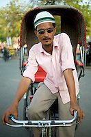 Rickshaw Wallah and tourist hawker - Jaipur, India