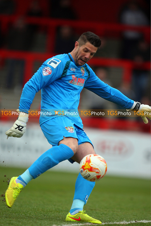 Chris Day of Stevenage - Stevenage vs Dagenham and Redbridge - Sky Bet League Two football at he Lamex Stadium on 21/03/15 - MANDATORY CREDIT: Dave Simpson/TGSPHOTO - Self billing applies where appropriate - 0845 094 6026 - contact@tgsphoto.co.uk - NO UNPAID USE