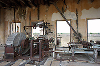 Henequen or sisal processing machinery in the machine room at Hacienda Yaxcopoil, Yucatan, Mexico.