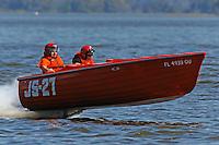 Kathy Schuler, JS-27 (Jersey Speed Skiff)