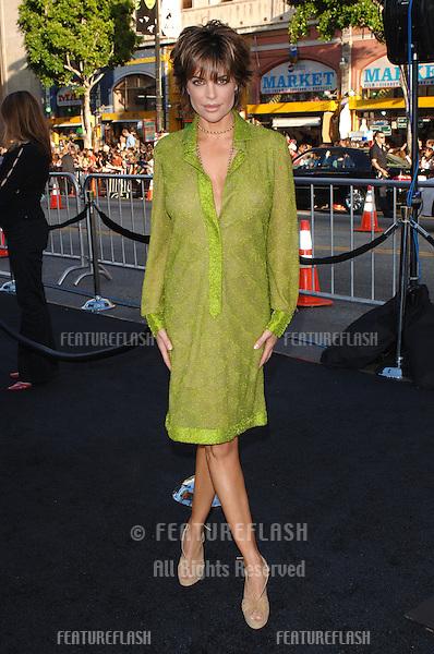 Actress LISA RINNA at the Los Angeles premiere of Batman Begins..June 6, 2005 Los Angeles, CA..© 2005 Paul Smith / Featureflash