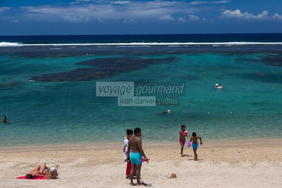 France, île de la Réunion, Saint-Pierre,  la plage  // France, Reunion island (French overseas department),  the beach