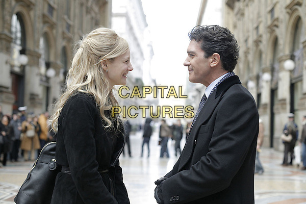 LAURA LINNEY & ANTONIO BANDERAS.in The Other Man.*Filmstill - Editorial Use Only*.CAP/FB.Supplied by Capital Pictures.