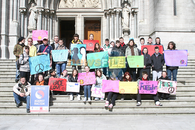 Welcome Youth Project Members publicising Youth Against Rascism Week...Photo NEWSFILE/Jenny Matthews.(Photo credit should read Jenny Matthews/NEWSFILE)....This Picture has been sent you under the condtions enclosed by:.Newsfile Ltd..The Studio,.Millmount Abbey,.Drogheda,.Co Meath..Ireland..Tel: +353(0)41-9871240.Fax: +353(0)41-9871260.GSM: +353(0)86-2500958.email: pictures@newsfile.ie.www.newsfile.ie.FTP: 193.120.102.198.
